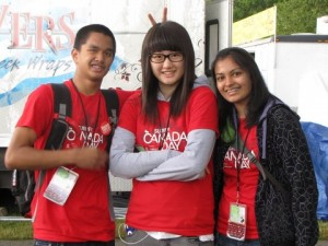 2010-SURREY-CANADA-DAY-Volunteers-300x225